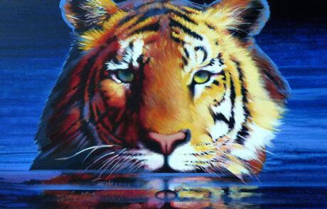 sono la tigre, ti spio tra le onde acrilico su tela 100x50